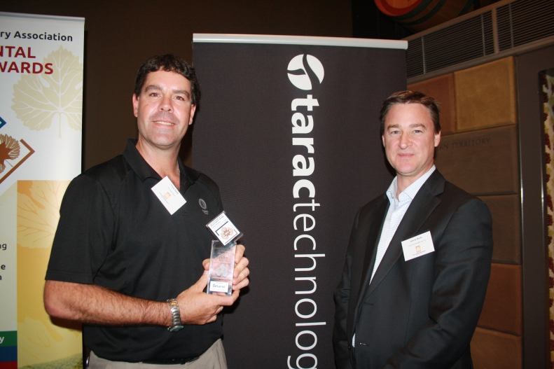 Travis Haeft, Accolade Wines (left) with Jeremy Blanks, Tarac Technologies. Photo: Stephanie Timotheou