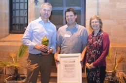 Mark Sosnowski, and his colleagues Matthew Ayres and Eileen Scott who won Best Oenology Paper.